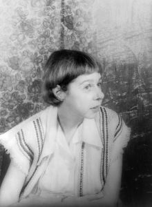 439px-carsonmccullers